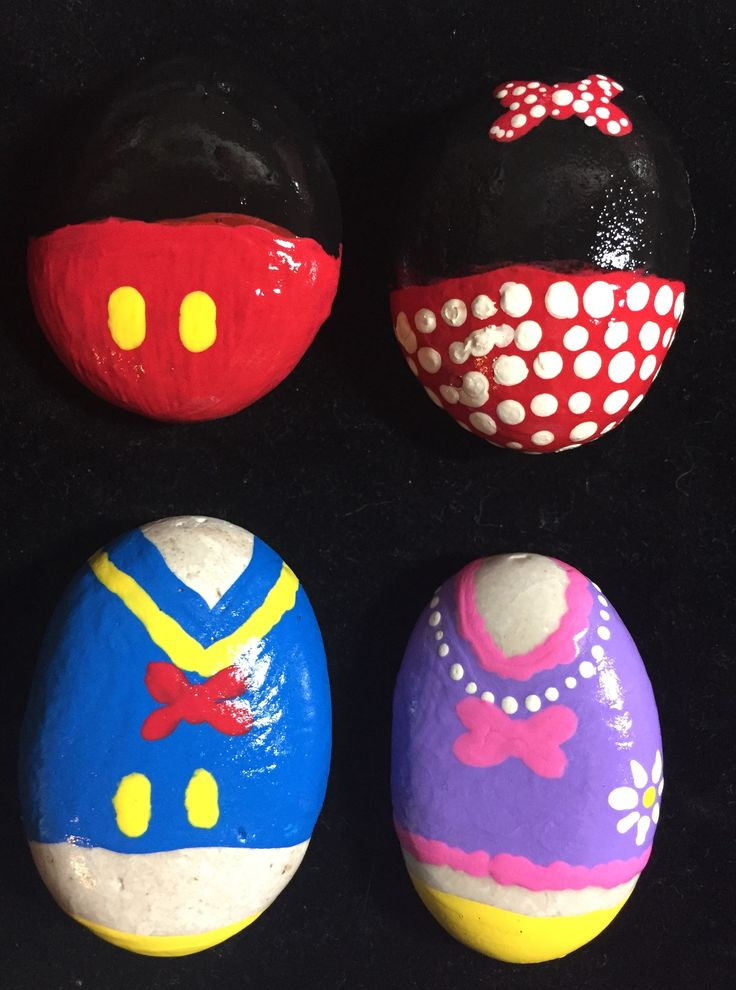 Disney Mickey Mouse Minnie Mouse Donald Duck Daisy Duck Painted rock design || Minnie