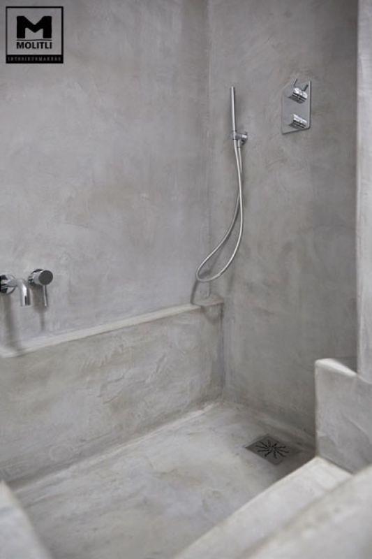 Betonstuc badkamer met verzonken bad - OBLY