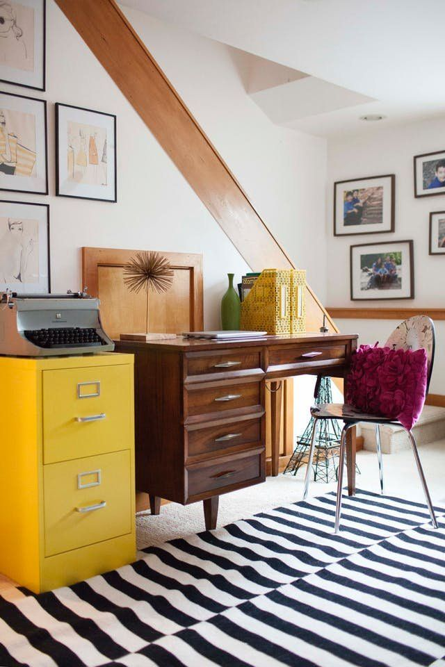 the rug pattern that can work pretty much anywhere and 10 rooms rh pinterest com