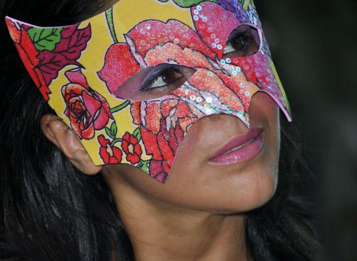 Chita - máscara...carnaval logo mais
