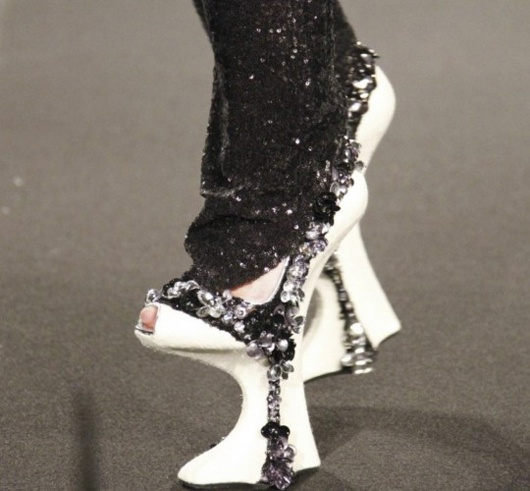 Chopines - Paraselas Sin Fronteras ; SS 2011 Couture