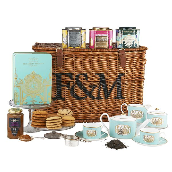 Fortum & Mason luxury tea hamper/Saint James china