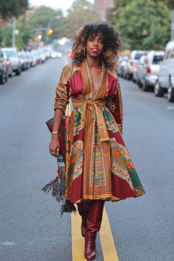 Vous aimez le wax? Retrouvez tous les articles et sélections sur le wax ici : https://cewax.wordpress.com  Retrouvez les créations CéWax en tissu africains en vente ici: http://cewax.alittlemarket.com - AWONKE