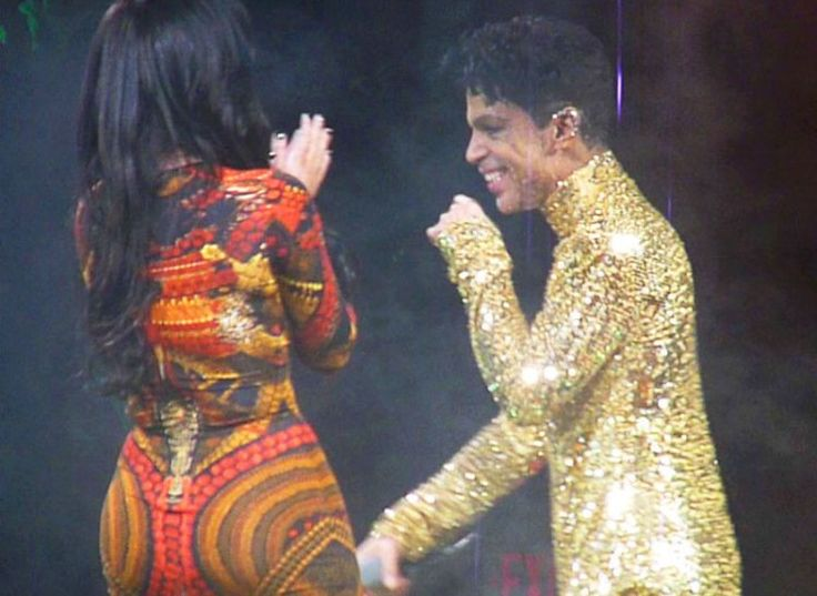 Prince Kicks Kim Kardashian Out During Performance In Epic Diss: 'Get Off The Stage!' | Radar Online