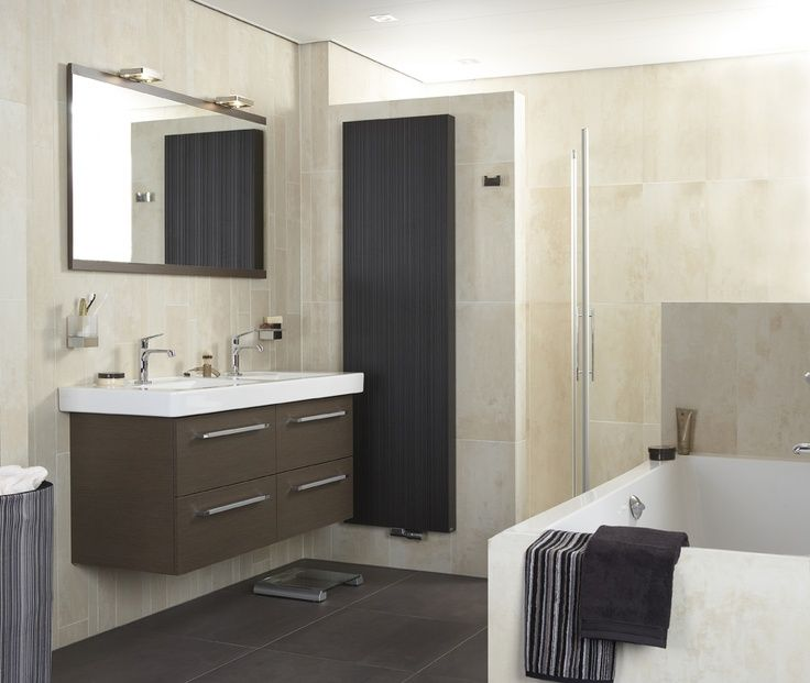 17 best images about baderie badkamers on pinterest shops radiators and tes - Winkelruimte met een badkamer ...