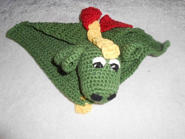 saraspysselochbak.blogg.se - Drake till William :) Dragon for William.  Crochet dragon