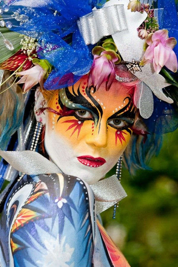 Women's costumes Carnival face painting
