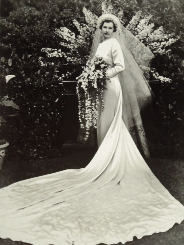 Barbara Cheesewright's 1936 wedding gown