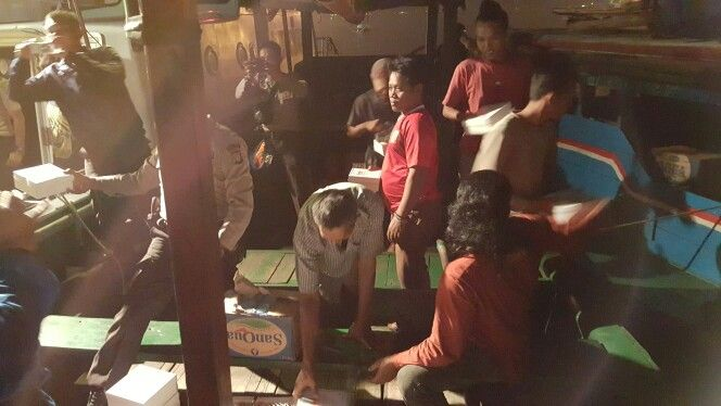 Sahur with traditional seaman