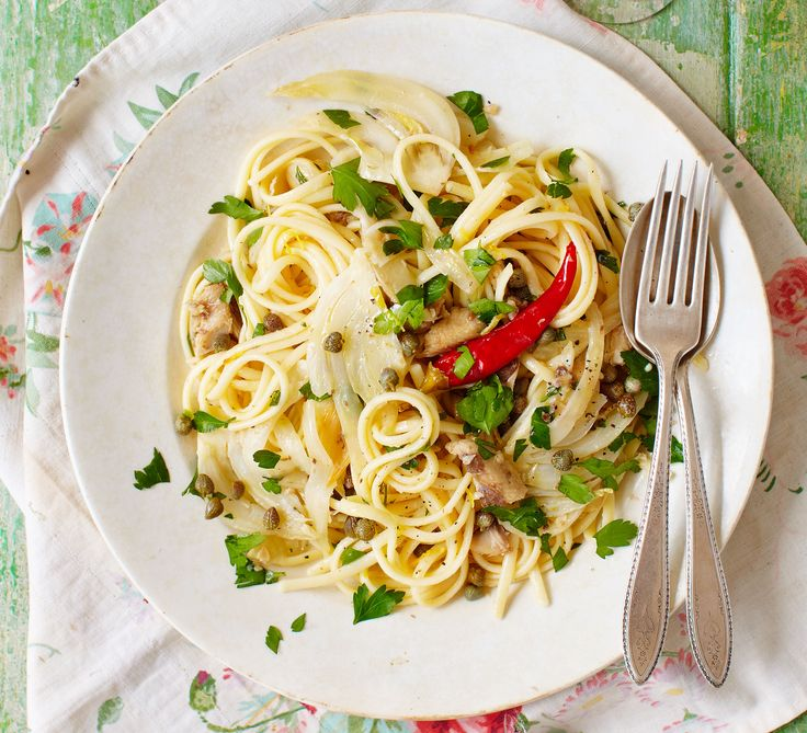 Fennel adds an aniseed punch to this quick pasta dish with chilli-infused sardines, zesty lemon and parsley