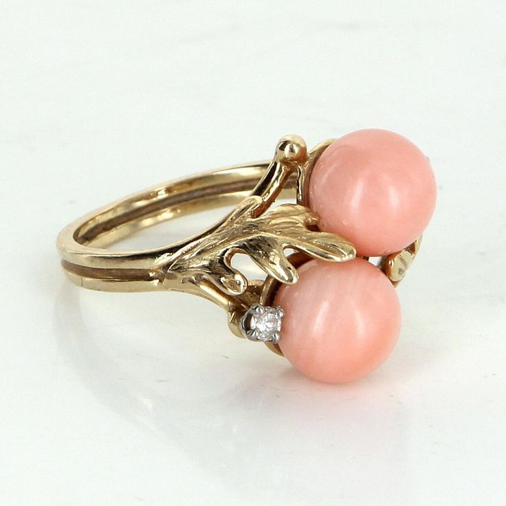 Double Coral Diamond Leaf Cocktail Ring Vintage 14 Karat Yellow Gold Estate Jewelry