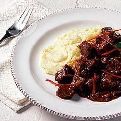 Rundvlees met Spaanse peper, chocolade en kaneel