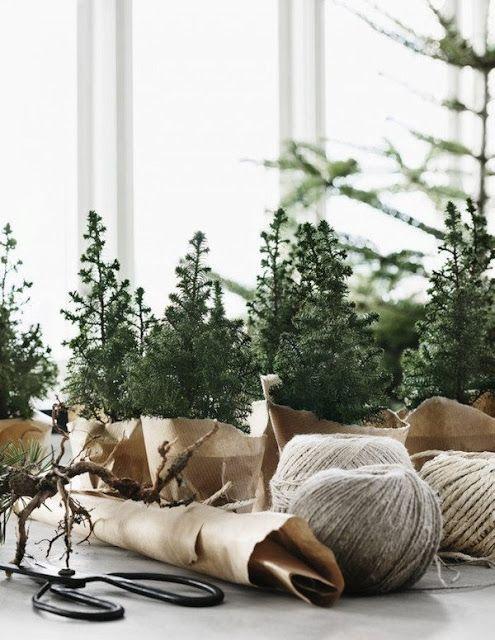 Maison de Per Olav Sølvberg décorée pour Noël Residence magazine via Nat et nature