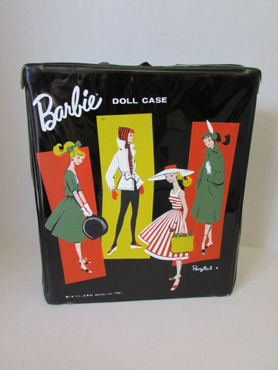 Cas de queue de cheval Barbie 1961 Barbie Doll par ViewObscura