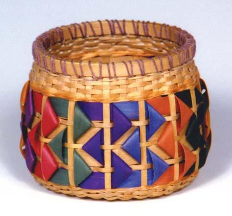 Fiesta Association of Michigan Basket maker By Jeri Griffin