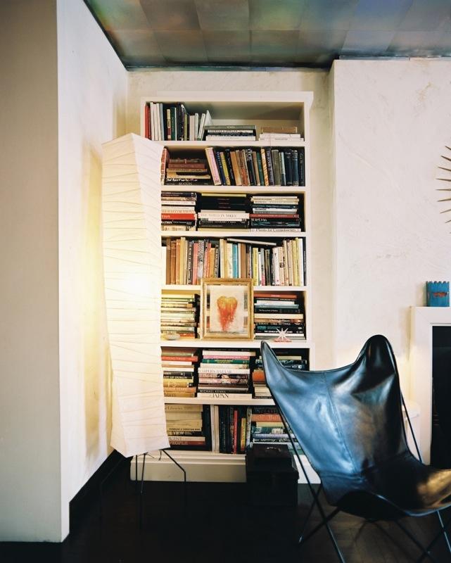 updated butterfly chair: Bookshelf Photos, Stylish Bookshelves, Paper Lamps, Albert Hadley, Butterflies Chairs, Interiors Design, Reading Nooks, Books Nooks, White Bookca