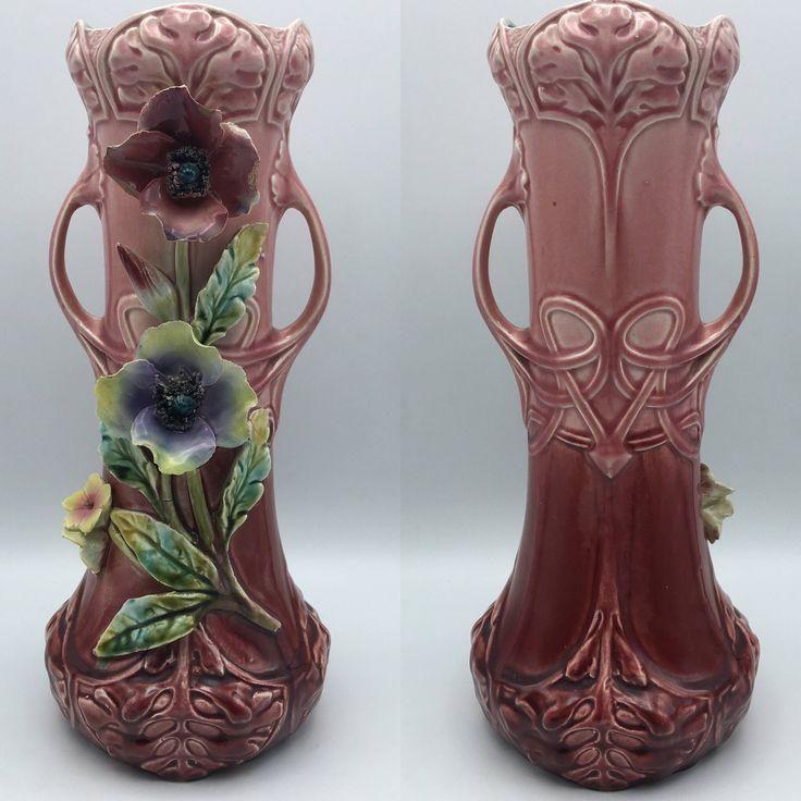 Rare vase Art Nouveau en porcelaine barbotine fleurs en relief motifs 1920 vase de Collection numéroté Artisanat d'art pièce unique de la boutique LesInsolitesdeNini sur Etsy