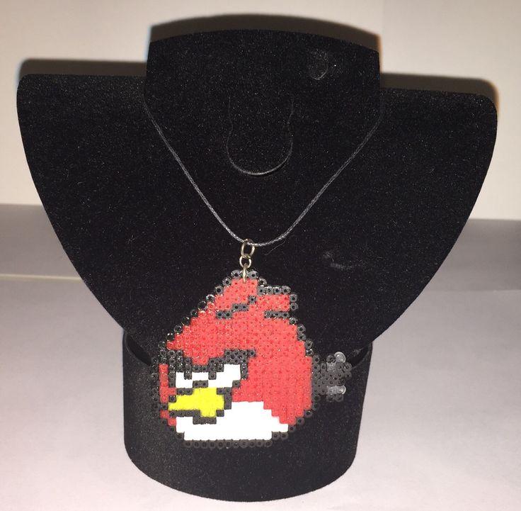 Un preferito personale dal mio negozio Etsy https://www.etsy.com/it/listing/280401802/collana-angry-birds-hama-beads-linea