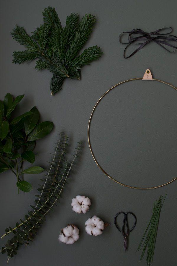 DIY minimal wreath | Christmas styling inspiration | minimalist Christmas | Nordic Christmas | brass ring | Strups brass wreath ring