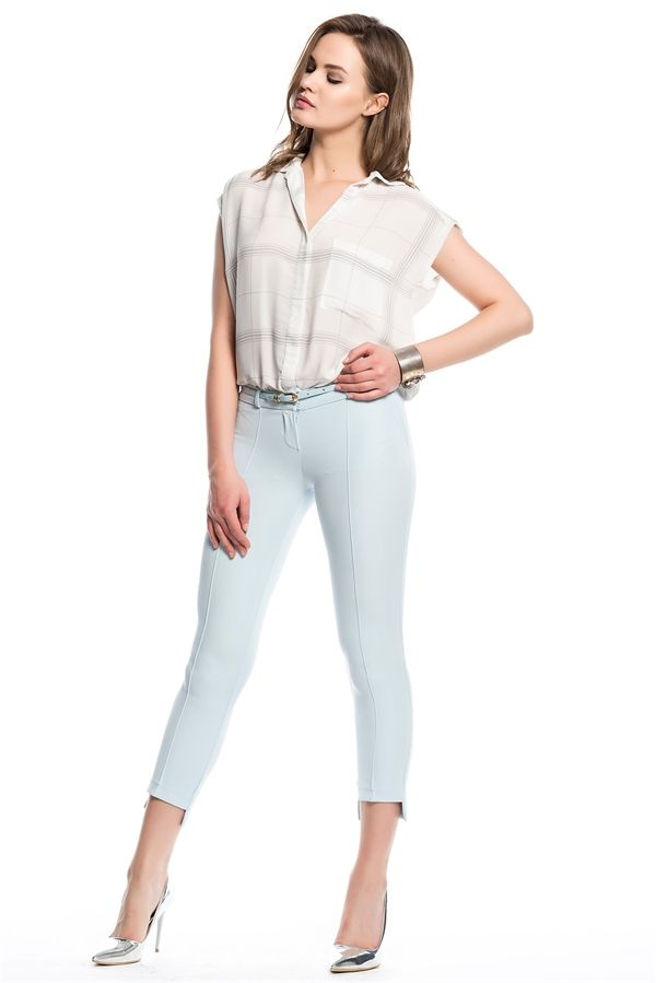 İRONİ PANTOLON NERVUR ÖN PAÇASI KISA (1601-891 A. MAVİ) 51,90 TL #bayan #pantolon #woman #mavi #nervurlu #bilekte #pantolon #bayangiyim #kısa #paca #bayanpantolon  #allmissecom #trend #yaz #şıklıgı #fashion #turkey #istanbul  http://allmisse.com/ironi-pantolon-nervur-on-pacasi-kisa-31638