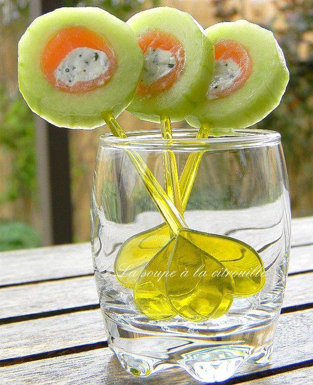 Sucettes de concombre au saumon fumé et Fourme d'Ambert