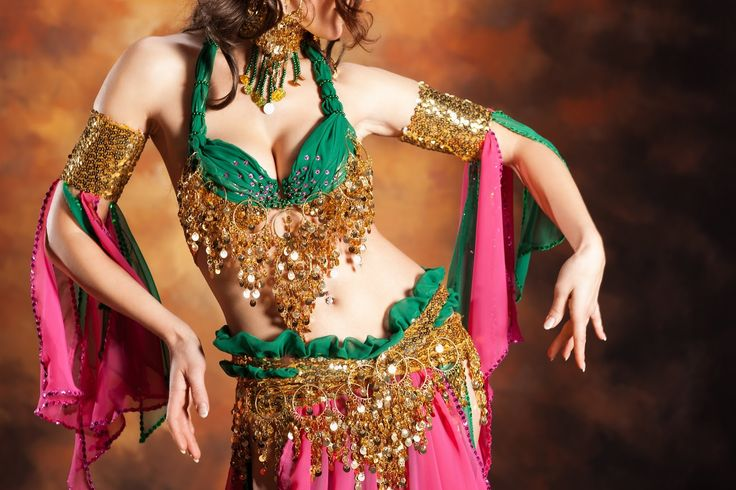 Mariella of Belly Dancing Course offers over 50 videos (over 8 hours) of belly dance instruction and promises a fun, engaging and easy way to learn belly dancing.   This video is How to do the Camel moves and it's a small part of a large couse, The best way to learn belly dancing: http://onlinedancingcourses.weebly.com/