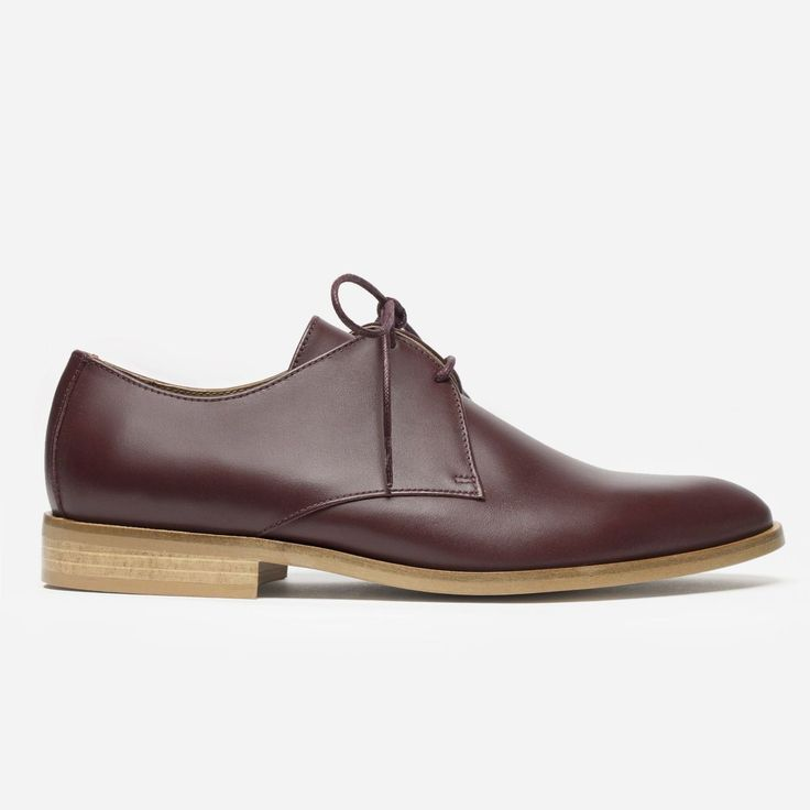 Everlane The Modern Oxford, $175, available at Everlane. #refinery29 http://www.refinery29.com/everlane-modern-oxford-best-sellers#slide-1