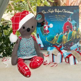 A cute Christmas project that's good first time soft-toy project, Melanie McNiece's mouse softie pattern is a great gift for children any time of the year.  www.cosyproject.com