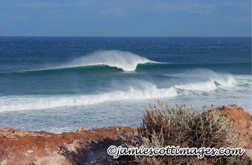 Ellensbrook Bombie - Western Australia Surfing