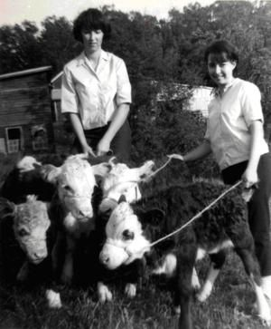 Living on a Self-Sustaining Farm in Mid-20th Century Virginia  Read more: http://www.motherearthnews.com/homestead-skills-from-days-gone-by/self-sustaining-farm-zb0z1205zjma.aspx#ixzz1wYdNqoUF