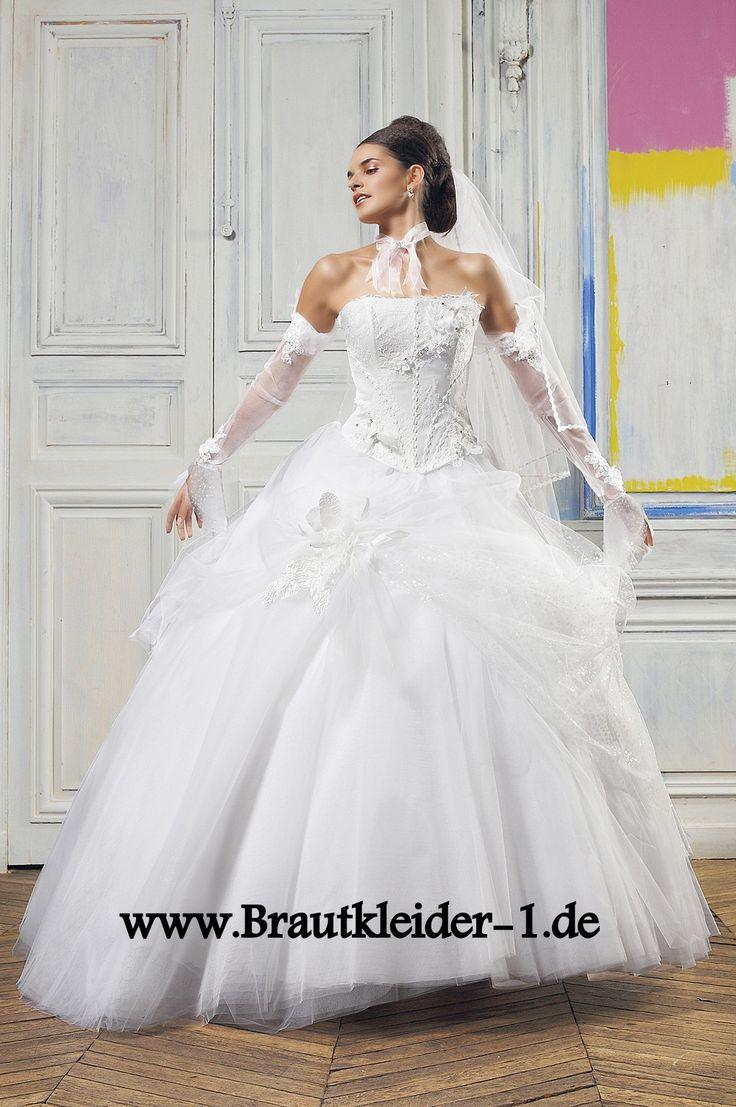 58 besten wedding dreaming bilder auf pinterest hochzeitskleider kleid hochzeit und hochzeiten. Black Bedroom Furniture Sets. Home Design Ideas