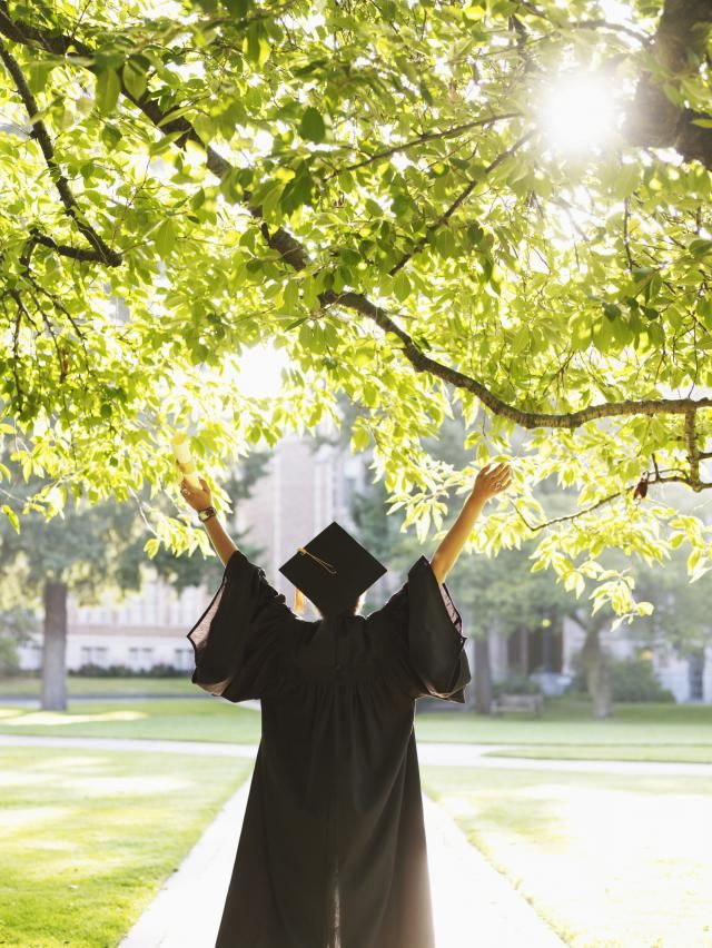 7 Things to do Before You Graduate College: Graduation will come all to soon here is what you need to do before that day.: