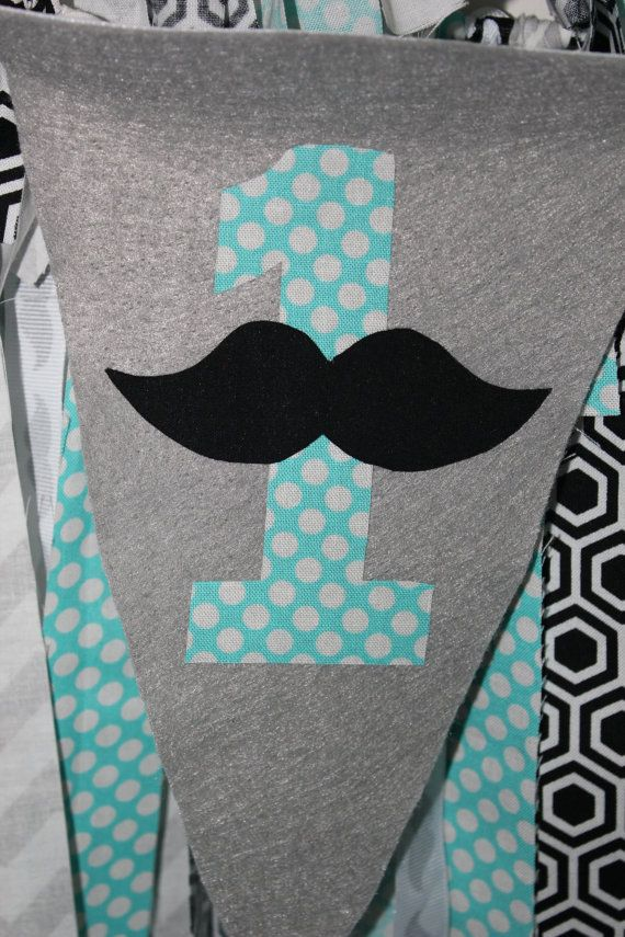 Bannière anniversaire moustache bannière de chaise haute