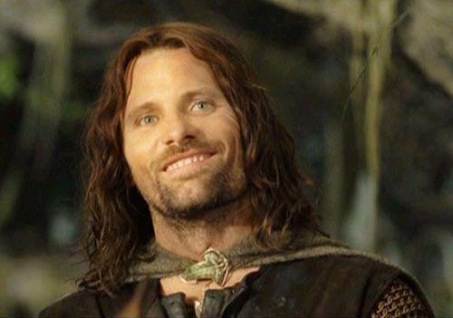 Smiling Aragorn Viggo Mortensen