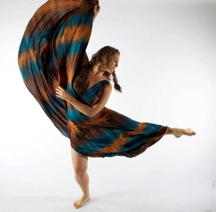 ghanaian-girls-azonto-dance-nude