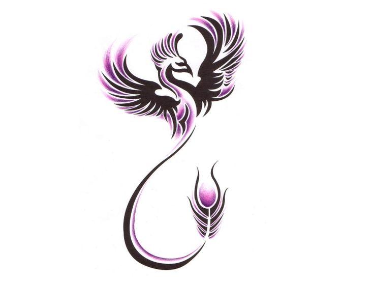 Phönix Tattoo Design mit lilafarbenen Akzenten