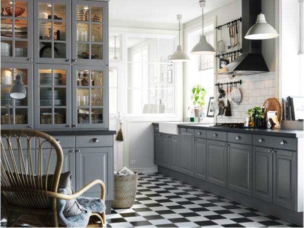 les portes darmoire akurumliding grises contribuent au look esthtique et impeccable de ikea kitchen - Ikea Akurum Kitchen Cabinets
