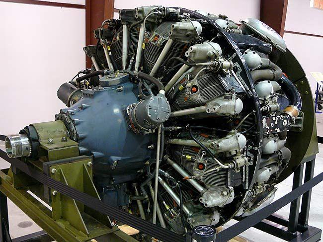 17 Wright Cyclone R-3350TurboCompound Radial Engine. Used on Douglas Skyraider