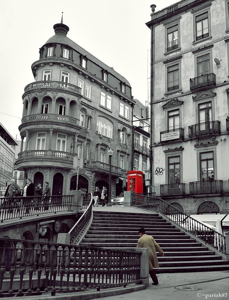 Cool Structure, Oporto, Portugal - escadas de s. bento rua de sá bandeira com a rua de 31 de janeiro.