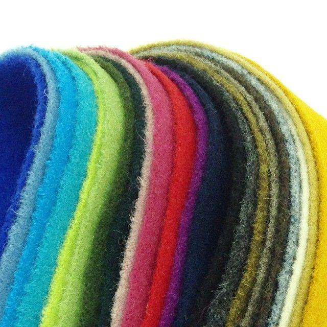 """@giiton's photo: """"BUREL*  全22色。 バッグやクッションカバー、ジャケットなどにどうぞ◎"""""""