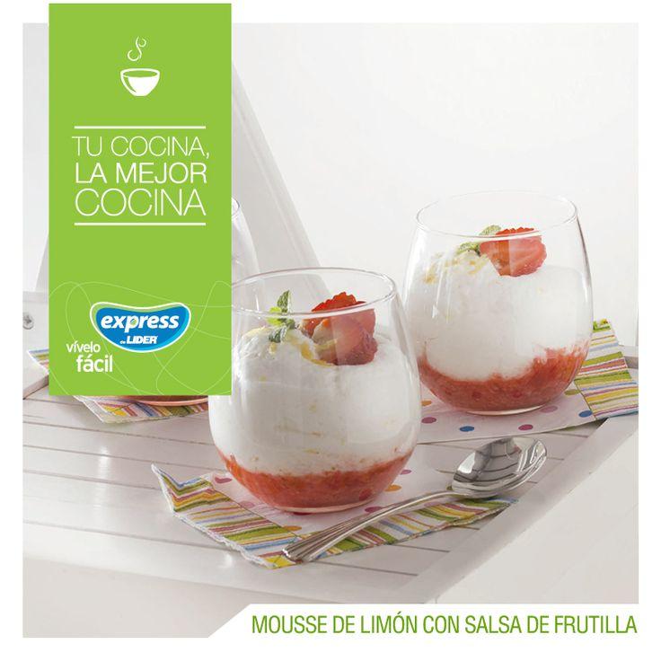 Mousse de limón con salsa de frutilla  #Receta #Recetario #RecetarioExpress #ExpressdeLider #Mousse #Postre #Limón #Frutillas #Fresas