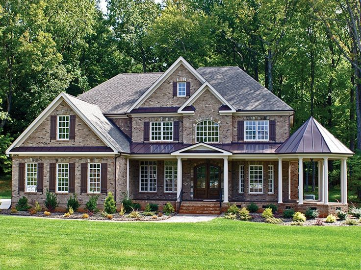 Farmhouse House Plan with 4464 Square Feet and 5 Bedrooms from Dream Home Source   House Plan Code DHSW15683
