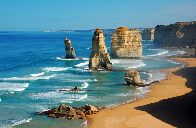 Every top tourist destination has a spectacular drive, and for Australia it's the Great Ocean Road. Built to provide employment during the Depression, the road stretches for 300 km along Australia's southeast coast from the surfing town of Torquay to the town of Allansford, near Warrnambool in the state of Victoria. Tour with us! https://www.tourdecarter.com/