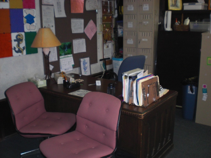 friendship homes office prior to being awarded all makes office equipment cos 25000 nonprofit office makeover - Office Makeover Contest