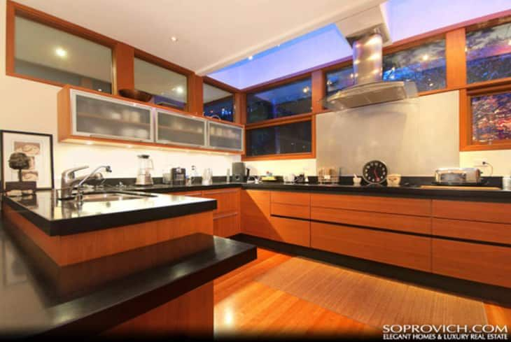For Sale Edward Cullen S Twilight New Moon House Twilight House House Home Kitchens