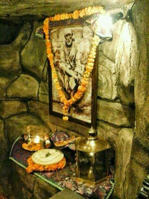 Shirdi Dwarka maai