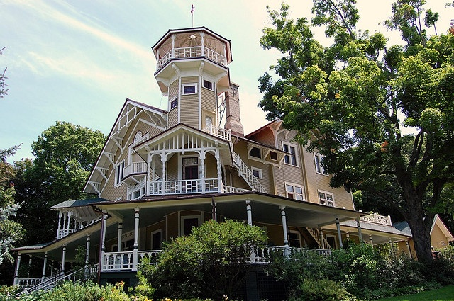 17 best images about lake geneva on pinterest mansions for Home builders in wisconsin