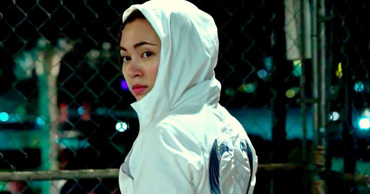 Colleen Wing Comes Out Fighting in First Iron Fist Clip -- Watch what happens when Jessica Henwick's Colleen Wing gets in a cage match with two guys twice her size in a bone-crunching clip from Iron Fist. -- http://tvweb.com/iron-fist-netflix-series-video-clip-colleen-wing/