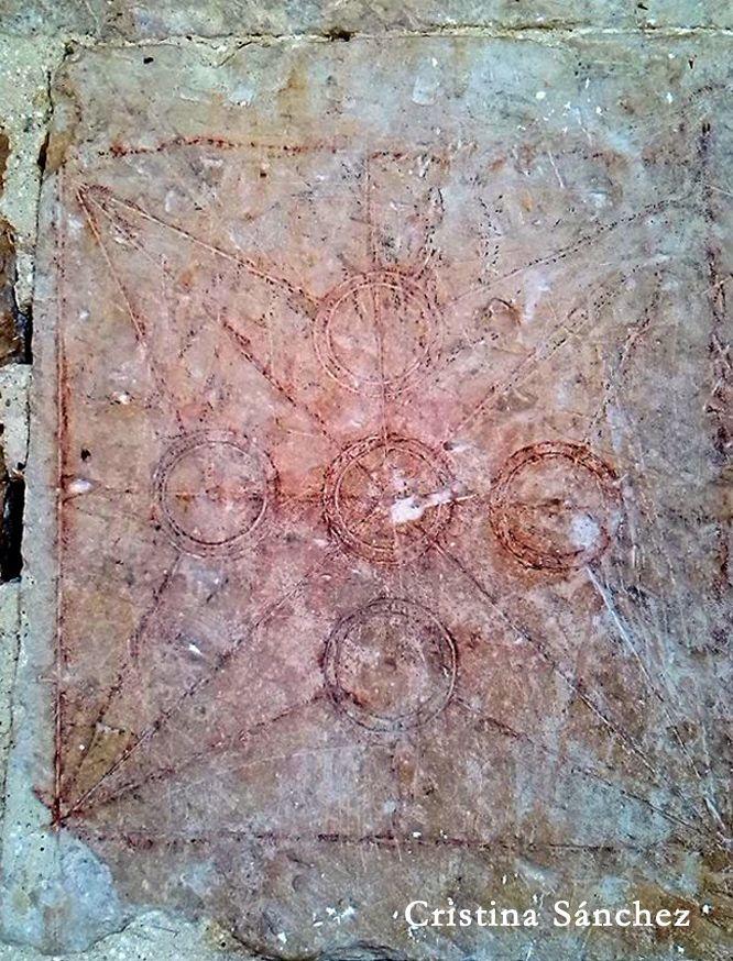 Nuestra Señora de la Antigua. Siglo XII. Butrera, Merindad de Sotoscueva, Burgos.  Lapidario correspondiente al trazado de una bóveda mediante la clave cuadrada ubicado en la cara exterior de la jamba izquierda en la portada meridional.