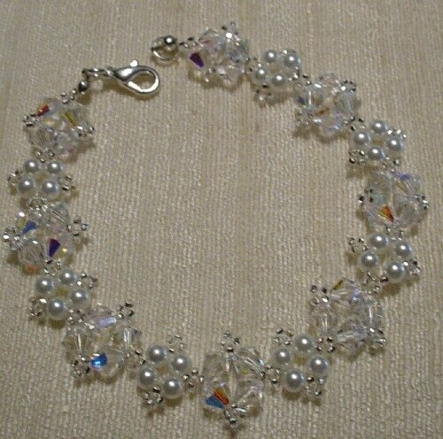 Crystal bracelet, perfect for a wedding, maid of honor, bride, flower girls, etc.  Available in silvertone or goldtone. $35.00